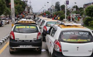 ट्याक्सी व्यवसायलाई सन्चालनका लागि अनुमति दिन सरकारलाई निर्देशन