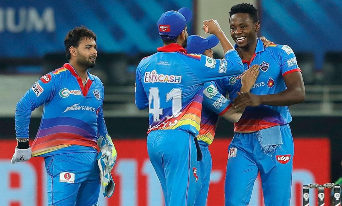 रोयल च्यालेन्जर्स बैंगलोर ५९ रनले पराजित